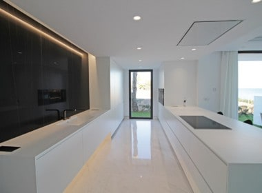 New-Golden-Mile-apartments-Marbella-fully-equiped kitchen-with-a-view