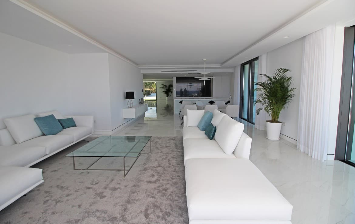 New Golden Mile Apartment s with spacious livingroom beach front - Estepona Marbella
