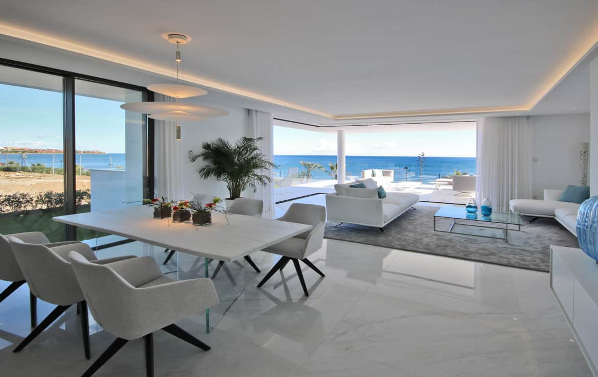 Sea front apartments - dining room with a view - New Golden Mile