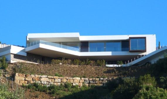Villa te koop met panoramische zichten, Altos de los Monteros