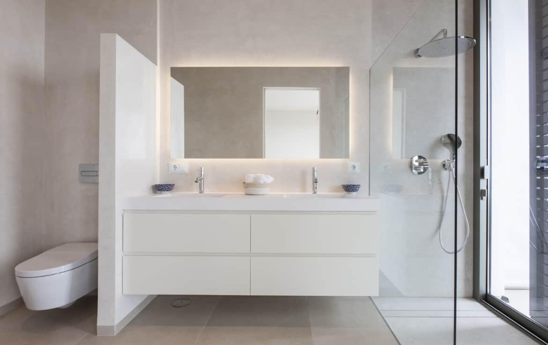 Villa te koop in luxe-wijk Altos de los Monteros, Marbella, 5 slaapkamers met en-suite badkamer