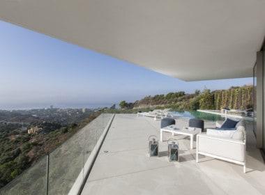 Villa te koop in luxe-wijk Altos de los Monteros, Marbella, Middellands Zeezicht van Marbella tot Gibraltar