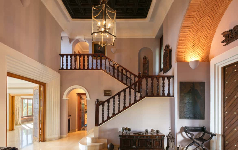 VILLA TE KOOP Marbella-Klassieke villa met guest house-Sierra Blanca-5slpk-HighLivingRealEstate-04