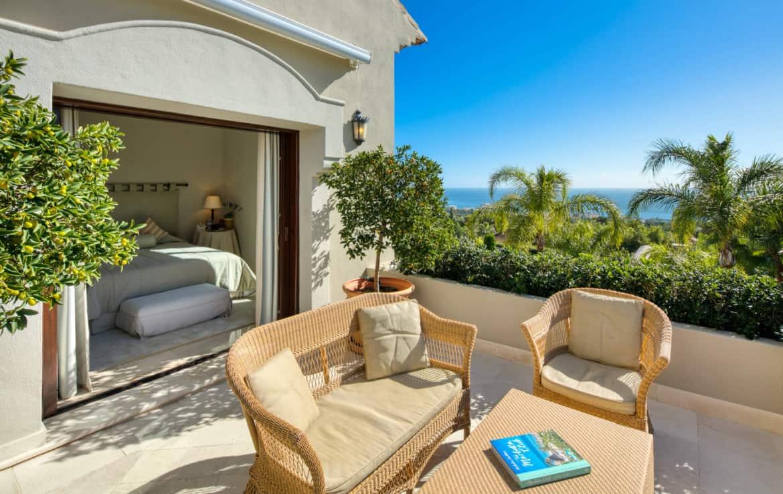 VILLA TE KOOP Marbella-Klassieke villa met guest house-Sierra Blanca-5slpk-HighLivingRealEstate-08