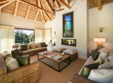 VILLA TE KOOP Marbella-Klassieke villa met guest house-Sierra Blanca-5slpk-HighLivingRealEstate-15