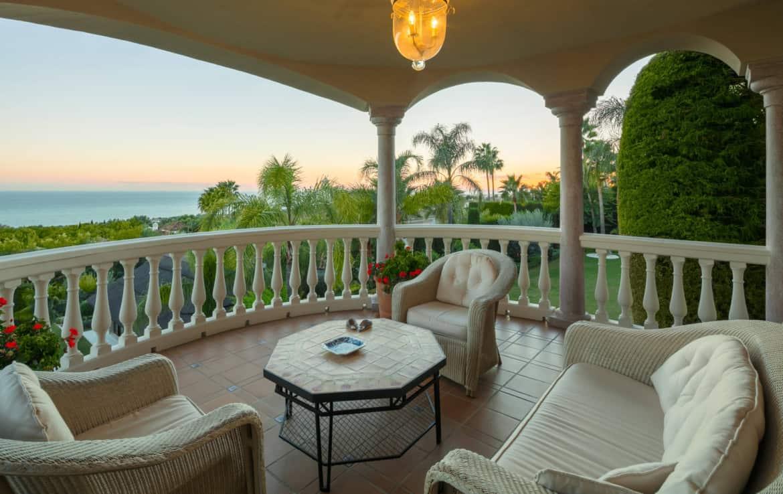 VILLA TE KOOP Marbella-Klassieke villa met guest house-Sierra Blanca-5slpk-HighLivingRealEstate-19
