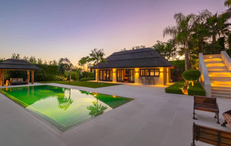 VILLA TE KOOP Marbella-Klassieke villa met guest house-Sierra Blanca-5slpk-HighLivingRealEstate-22