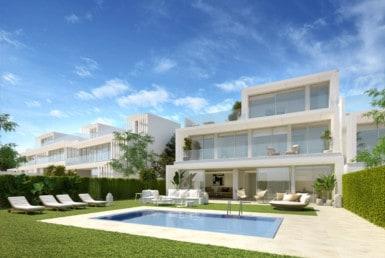 Sotogrande villa's met 3-4-5 of 6 slaapkamers. Architectuur, groen, rust, veiligheid en luxe. Zee- en golfzicht.